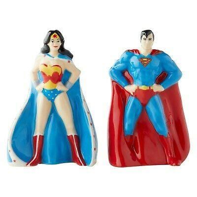 Enesco DC Comics Salt & Pepper Shakers Superman & Wonder Woman #6003734 Free Shipping 2019