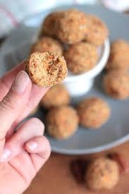 Low FODMAP Carrot Cake Energy Balls Recipe