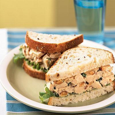 Low FODMAP Roasted Turkey Salad Sandwich Recipe