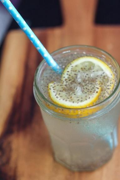 Low FODMAP Lemonaid Chia Fresca Recipe