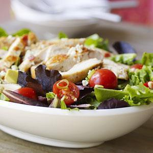 Low FODMAP Grilled Chicken Chopped Salad Recipe
