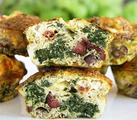 Low FODMAP Spinach & Olive Egg Muffin Recipe