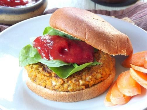 Low FODMAP Carrot Savory Granola Burger with Maple Tomato Sauce Recipe
