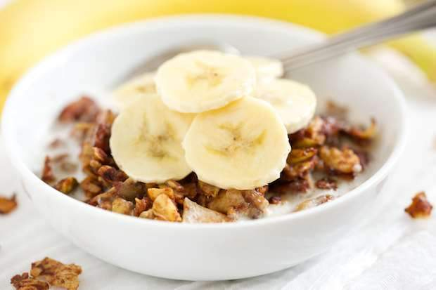 Low FODMAP Banana Chai Granola Recipe