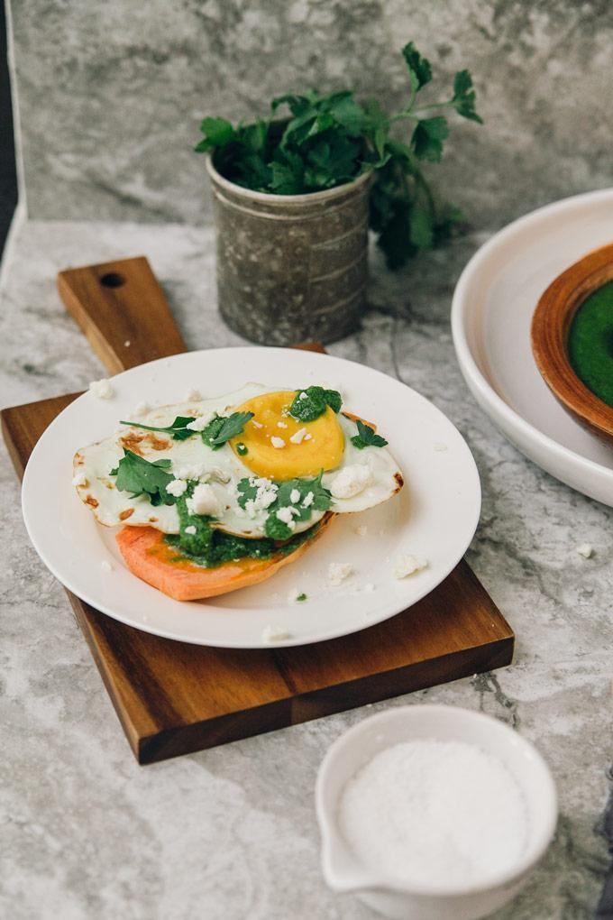 Low FODMAP Sweet Potato Toast with Poached Egg Recipe