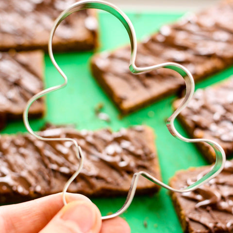 Low FODMAP Gingerbread Protein Bars Recipe