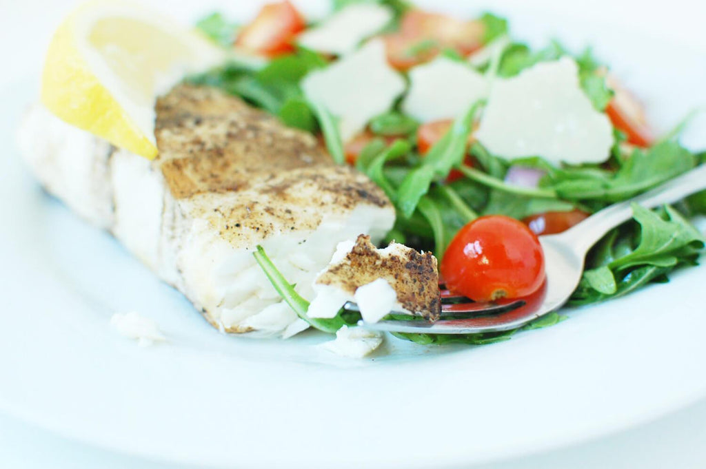 Low FODMAP Grilled Halibut with Arugula Salad Recipe