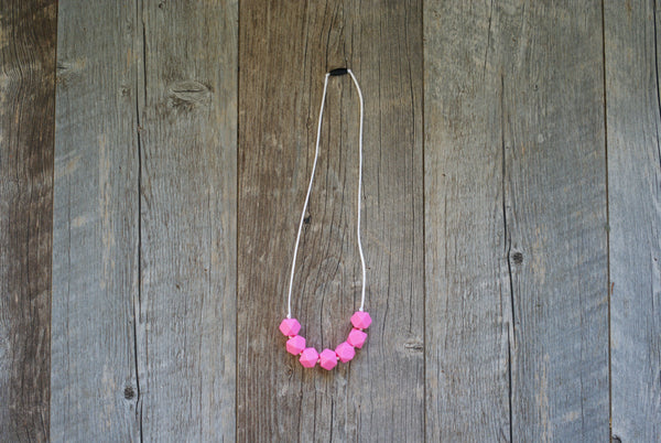 Geometric Chew Necklaces