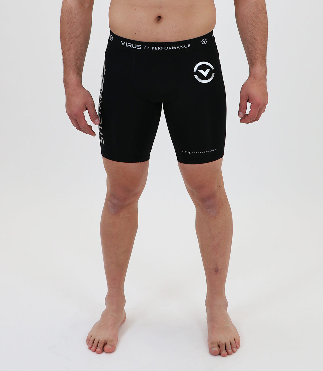 Co7 | CoolJade™ Compression Shorts | Black/Silver