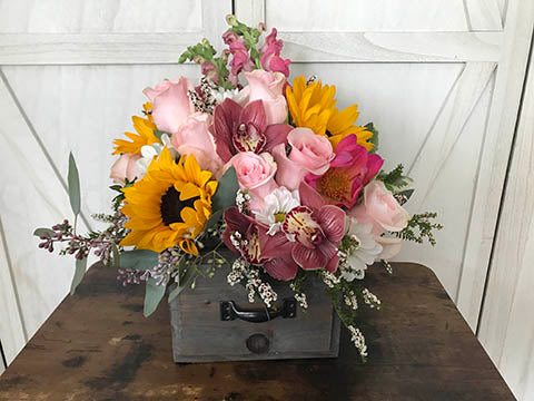 LiasFlowers.com Flower Subscription - Farm Fresh Collection $49.95