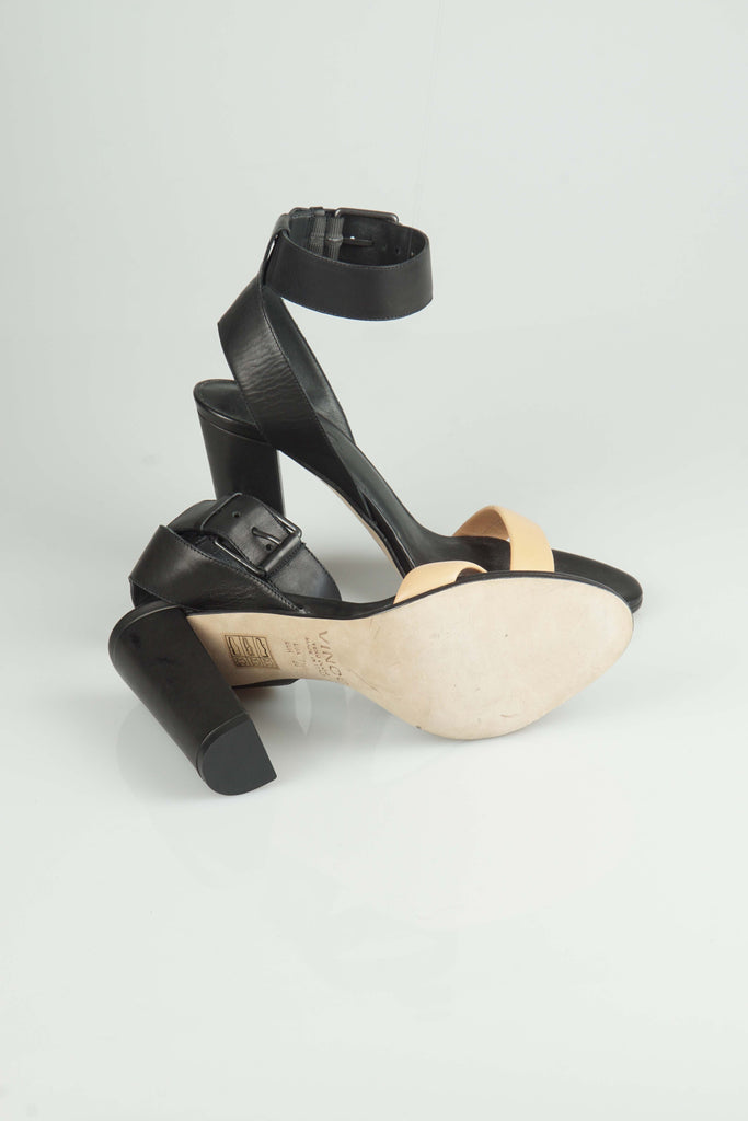 Vince Black and nude sandals