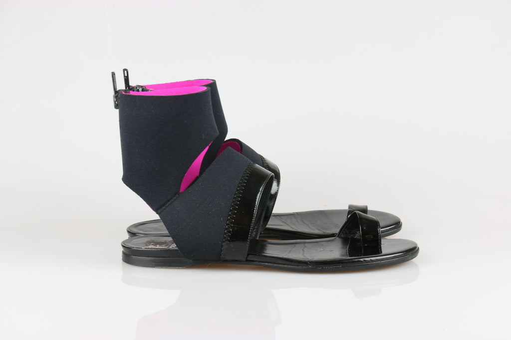 Pierre Hardy Black and pink cuff sandals