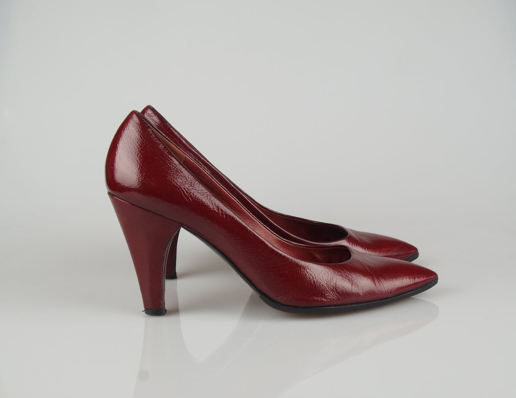 Marc by Marc Jacobs Maroon patent heels