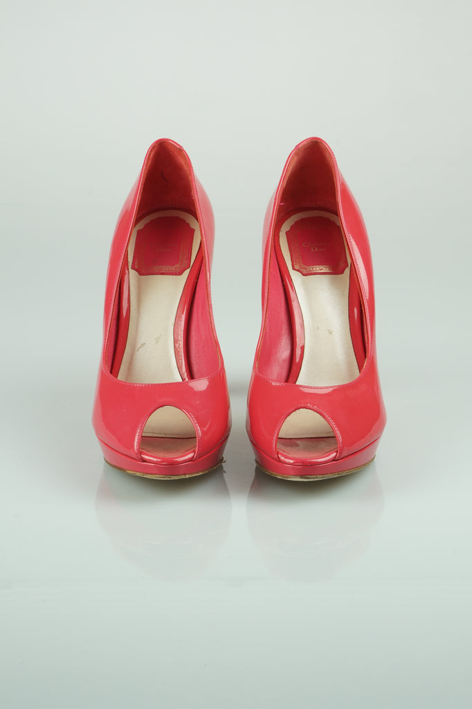 Christian Dior Rosy patent peep toes