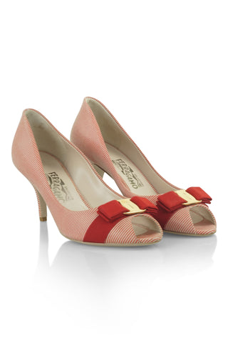 Ribes red and white pumps