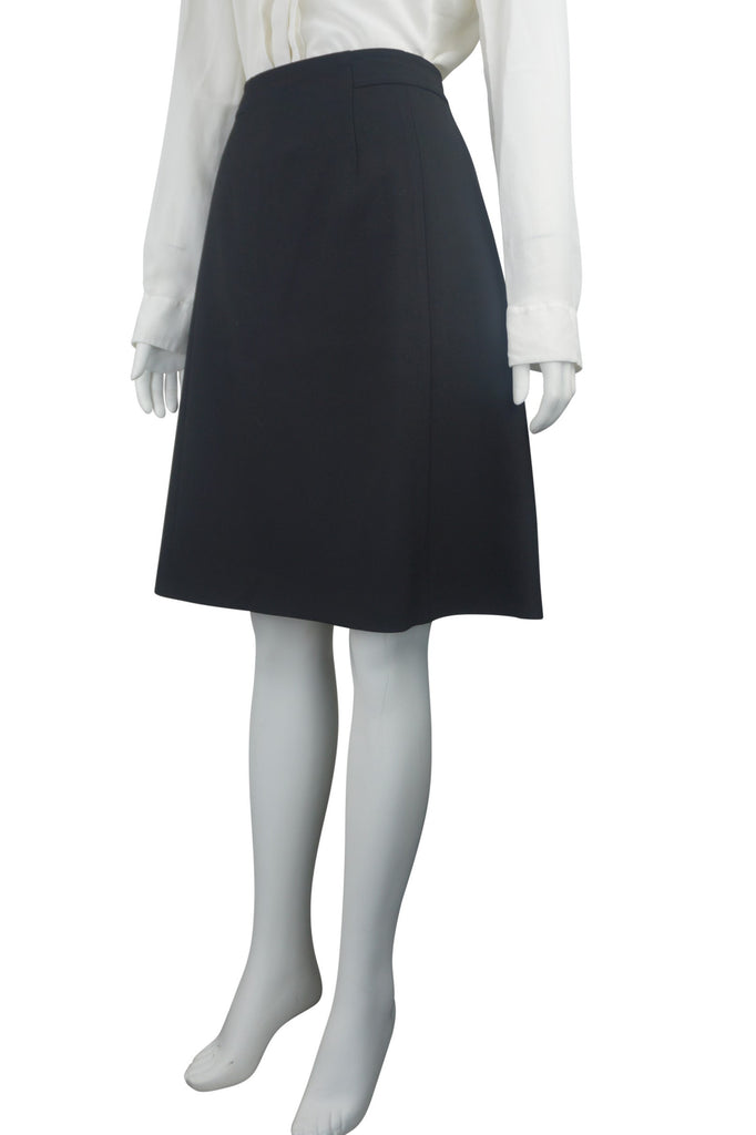 Hugo Boss A-line black skirt