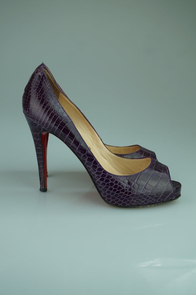 Christian Louboutin Very Prive 120 Python Peep Toe Pumps