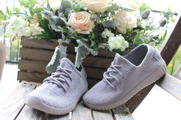 RUE - GRAY Closed Toe Lace Up Knit Stretch Sneakers - The Fairy Den