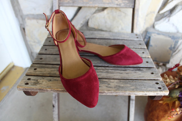 Pointy Toe Flats Burgundy