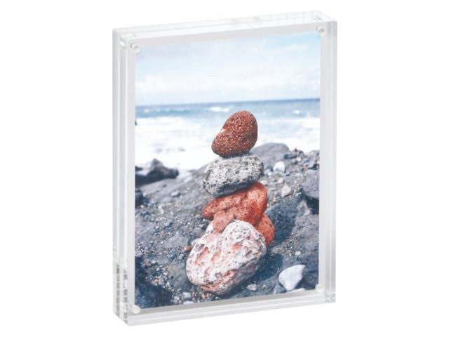 Acrylic photo frame, 11, 5 x 9 x 2, 4 cm transparent