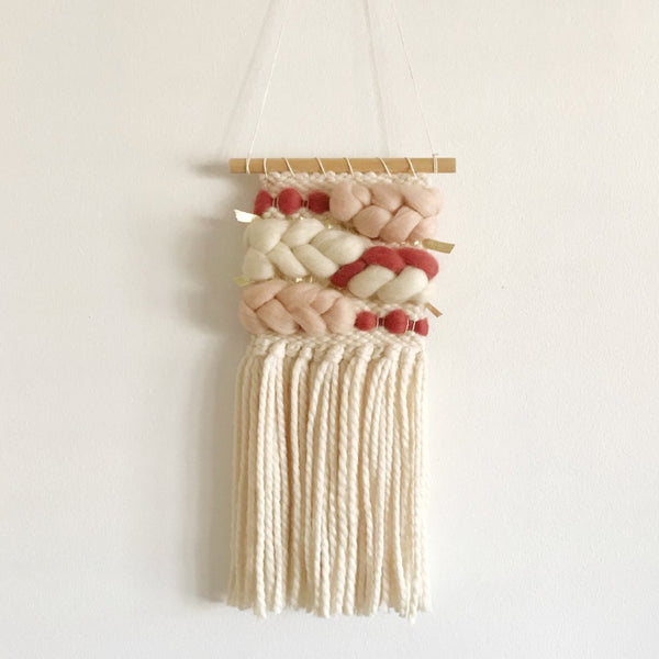 Mini Organic Weaving