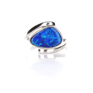 1.43ct Doublet Opal Ring