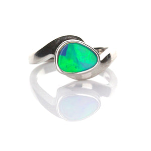 0.96ct Doublet Opal Ring