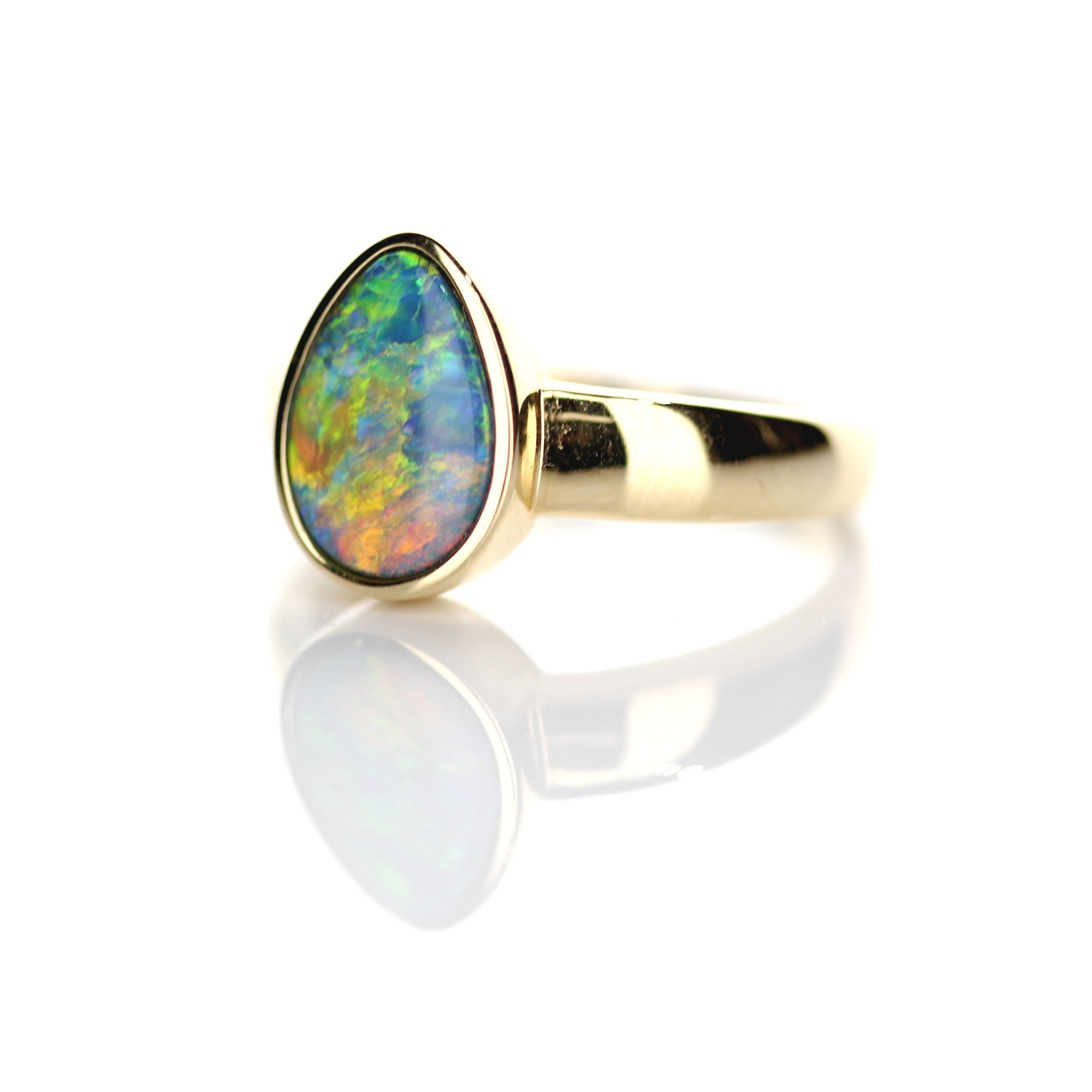 1.56ct Doublet Opal Ring