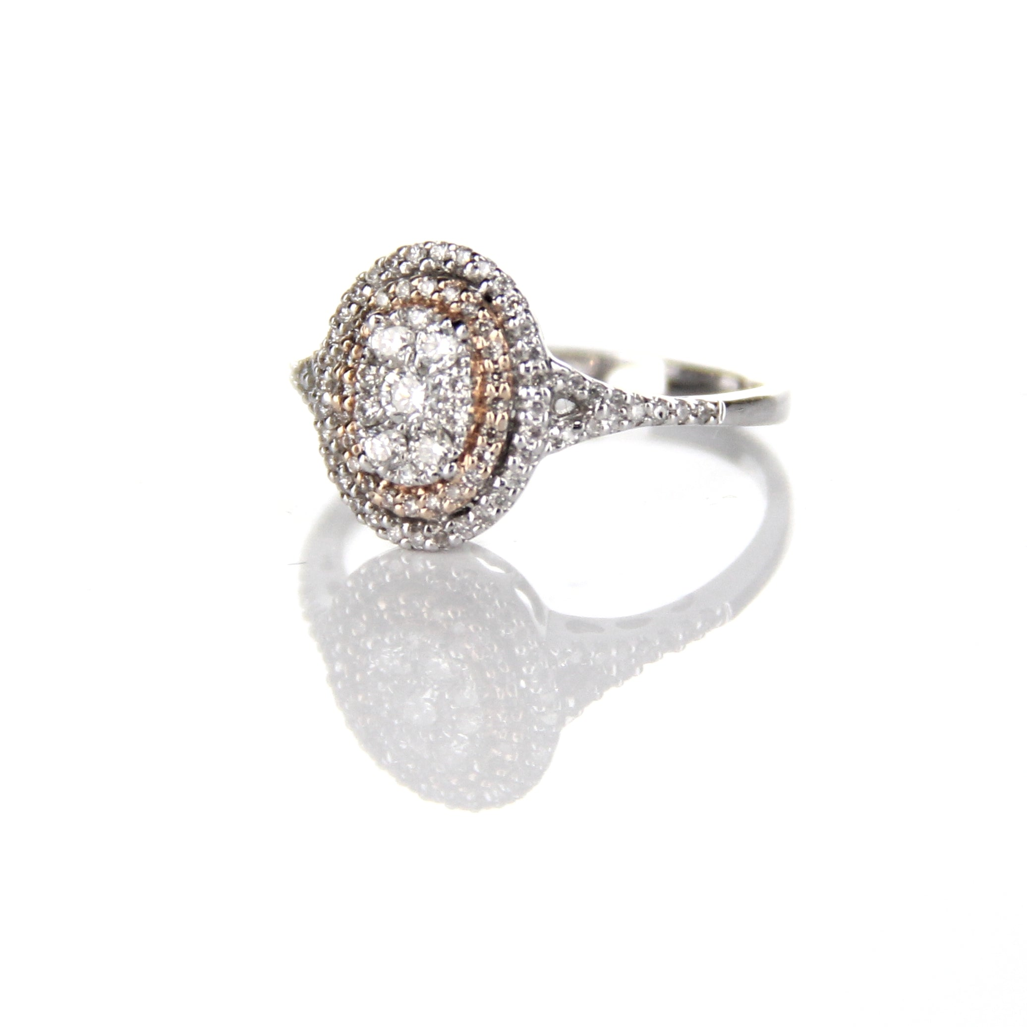 0.41ct Two Tone Diamond Ring