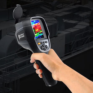 Hand holding PerfectPrime thermal camera Ir0019