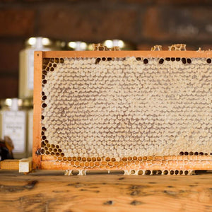 Beehive honey rack