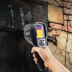 Thermal camera on Metal door