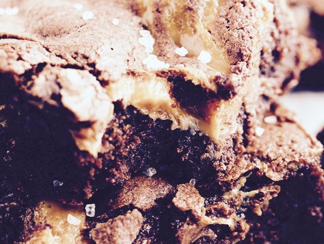 #BAKEWITHLAURA Salted Caramel Brownies