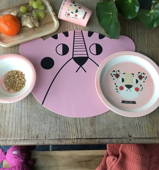 Mrs bear placemat-Pink - studioloco