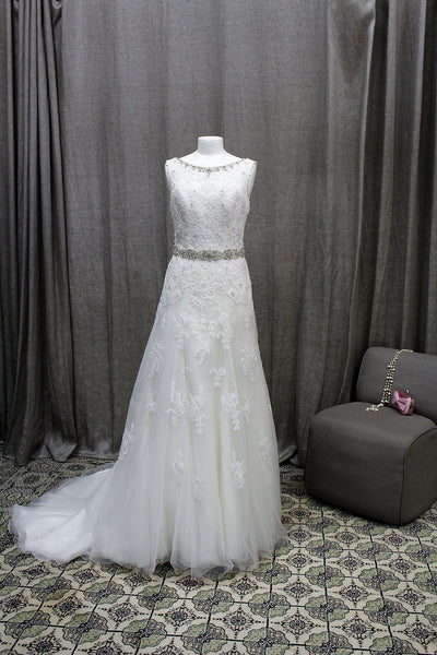 Ladies Wedding Dress Size 12