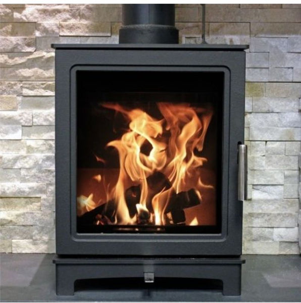 Skiddaw 5kW Eco Design Ready 2022 Defra & Hetas Approved Stove from The Stove House in Midhurst, your local stove fitter & shop situated between Chichester & Haslemere. Covering West Sussex, Hampshire & Surrey for over 30 yrs For a survey, installation quote & fire prices call 01730 810931