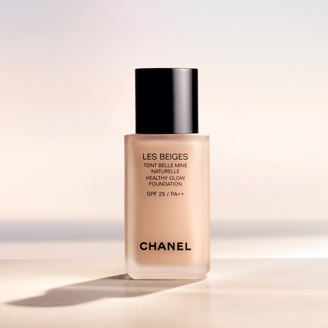 Chanel Les Beiges Healthy Glow Foundation SPF25