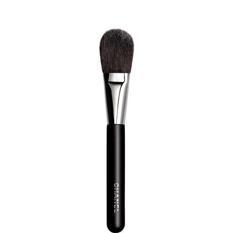 Chanel-Blush-Brush-4