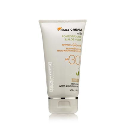 Seventeen Tinted Daily Cream SPF 30 - Pomegranate and Aloe Vera