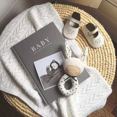 WRITE TO ME - BABY PREGNANCY JOURNAL GREY - BIRTH TO FIVE YEARS - Claude & Co