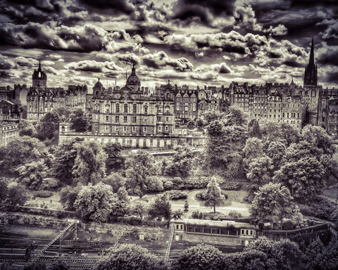 """Royal Mile over Princes St Gardens"""