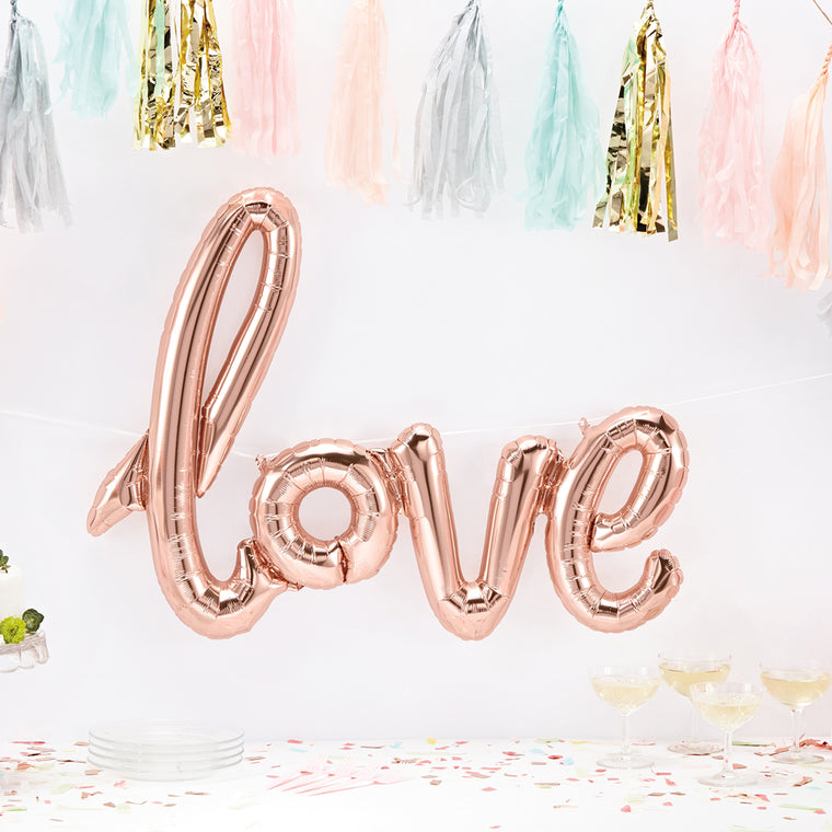 LOVE BANNER BALLOON