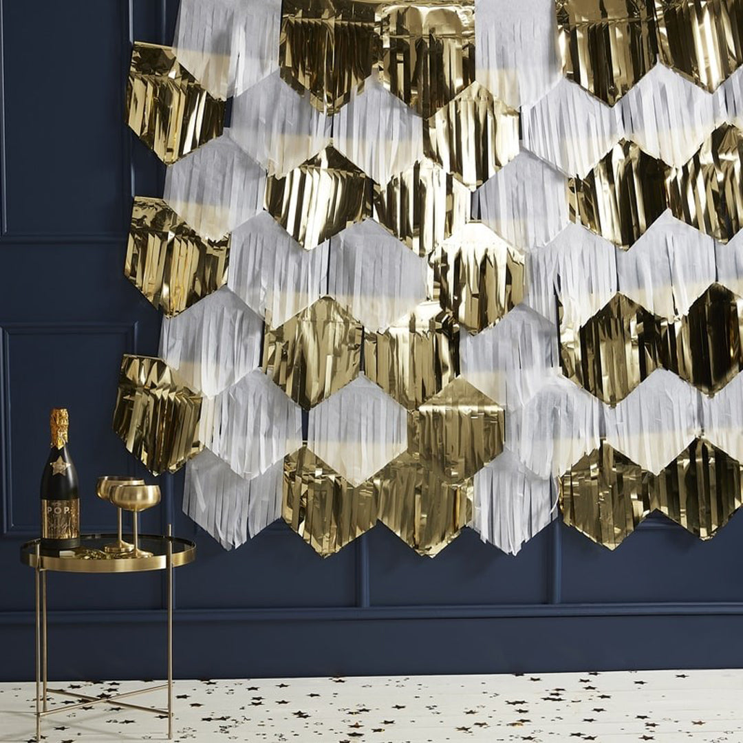 GOLD AND WHITE FRINGE BACKDROP KIT from Flingers Party World Bristol Harbourside who offer a huge range of fancy dress costumes and partyware items