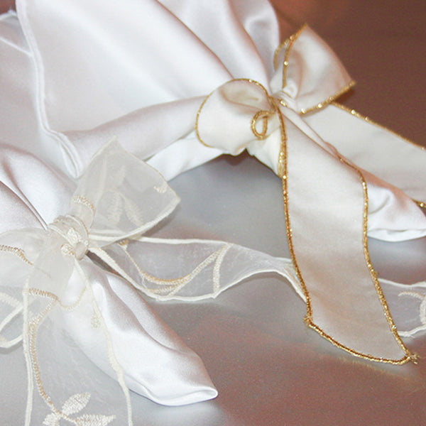 Embroidered Sheer Napkin Tie with Trim