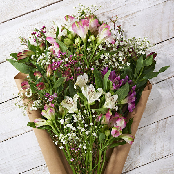 Win A Year Of Letterbox Flowers!