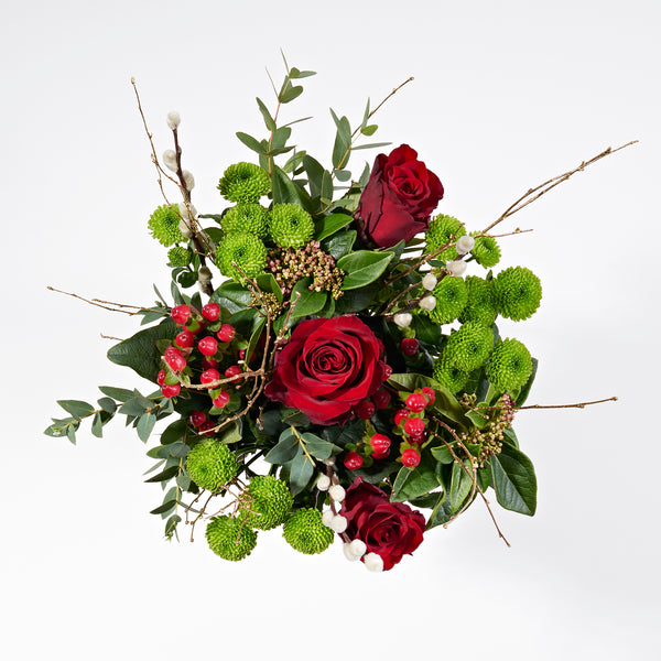 WIN: A luxury Christmas letterbox bouquet!