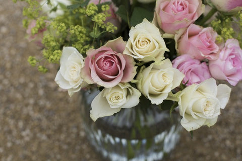 Tips for flower arranging roses