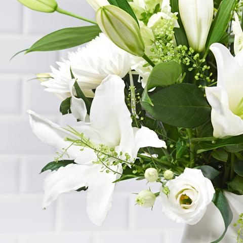 Close ups of Snowflakes - luxury bouquet of flowers - white lilies, white roses