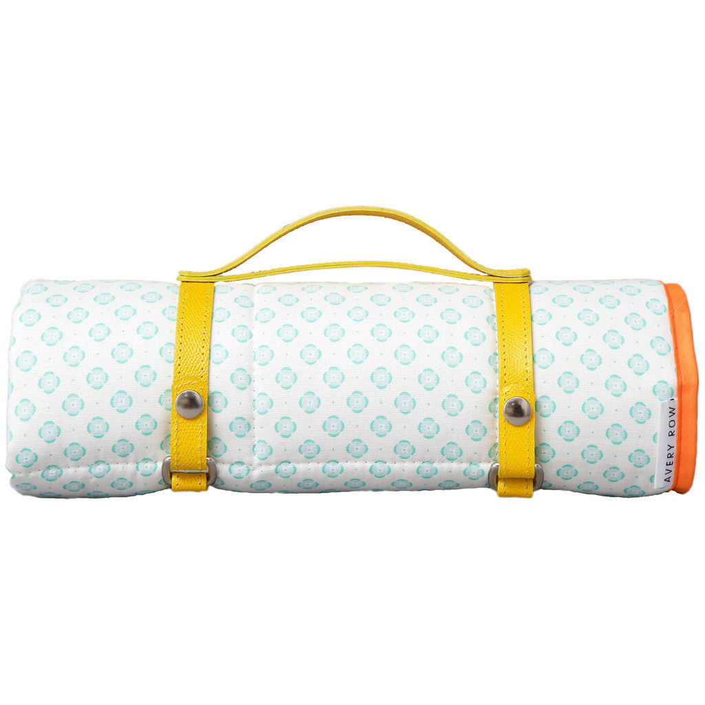 AVERY ROW Round in Circles Go Everywhere Mat (mint)