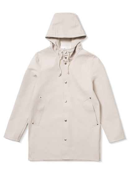 STUTTERHEIM Stockholm Raincoat in Light Sand Scandinavian Stylish Modern Rainwear